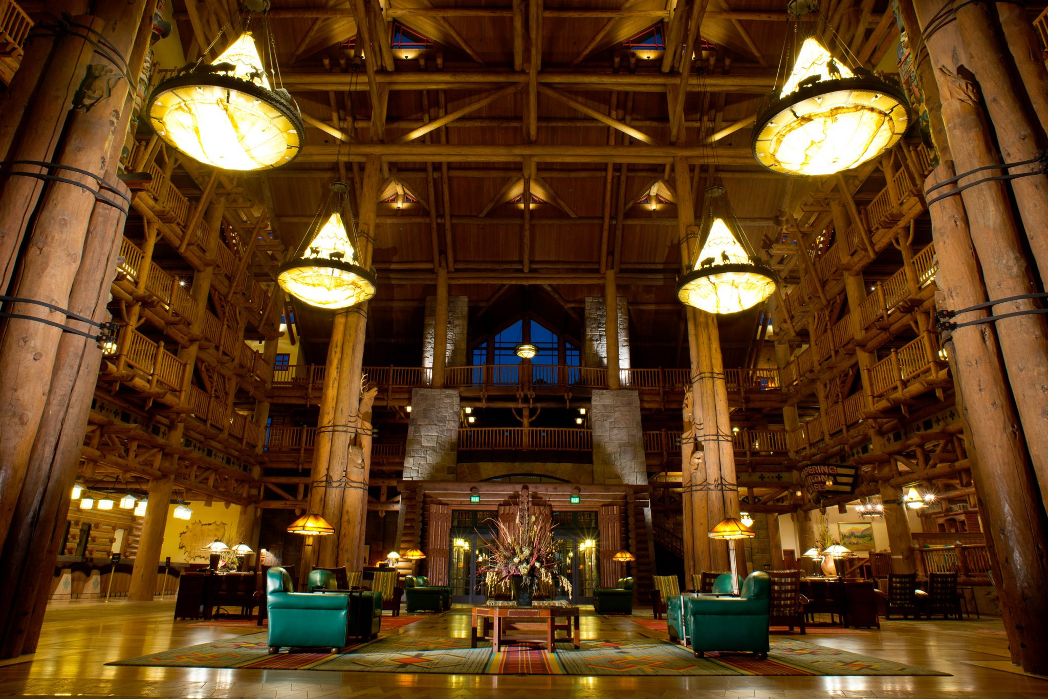 ResortLoop.com Episode 56 – Top 3 Resort Lobbies