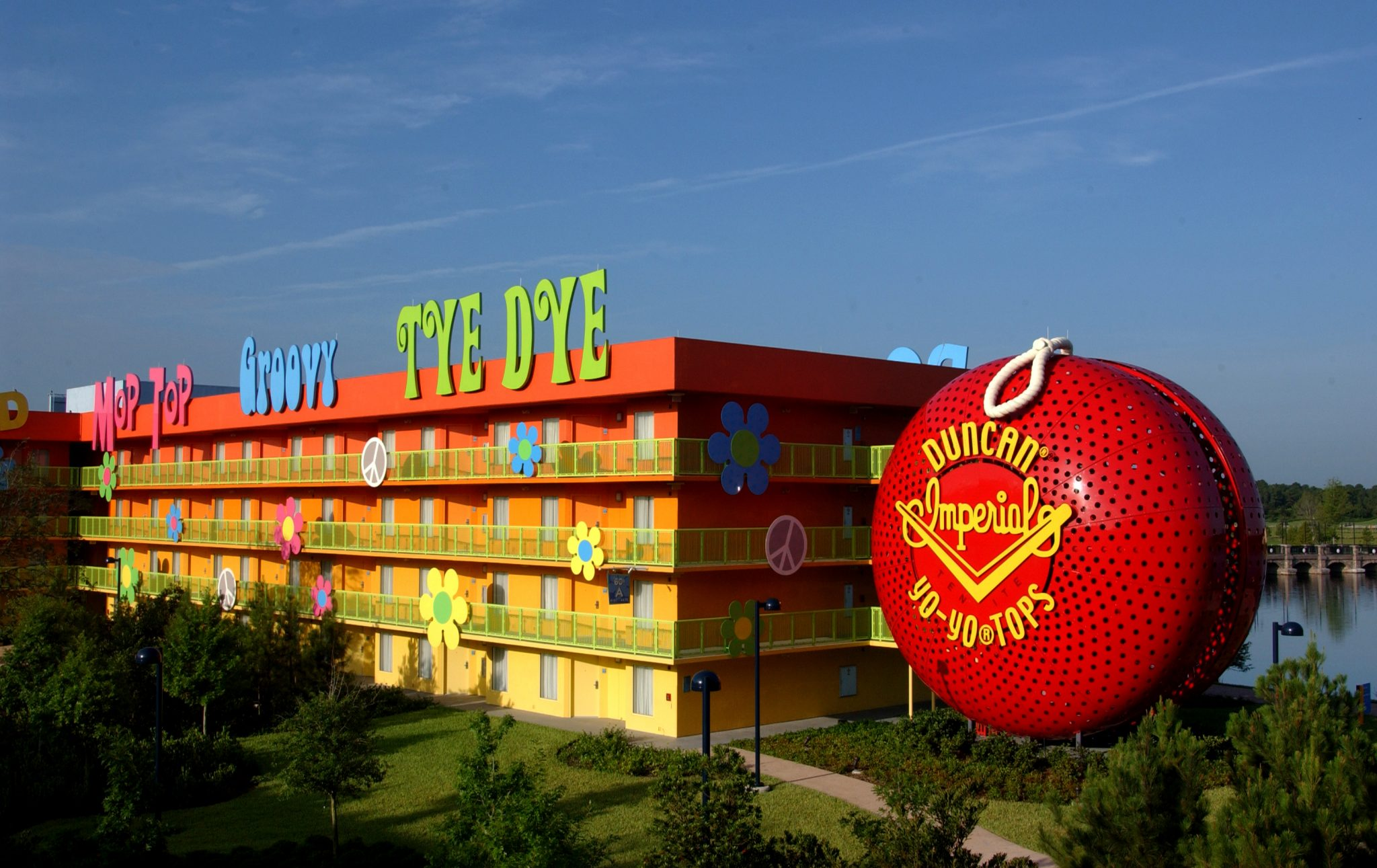 Love and Hate – Disney's Pop Century Resort [Ep. 753]