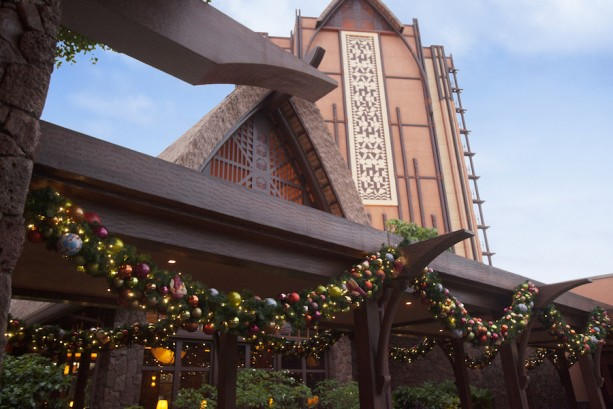 ResortLoop.com Episode 277 – Christmas At 'Aulani