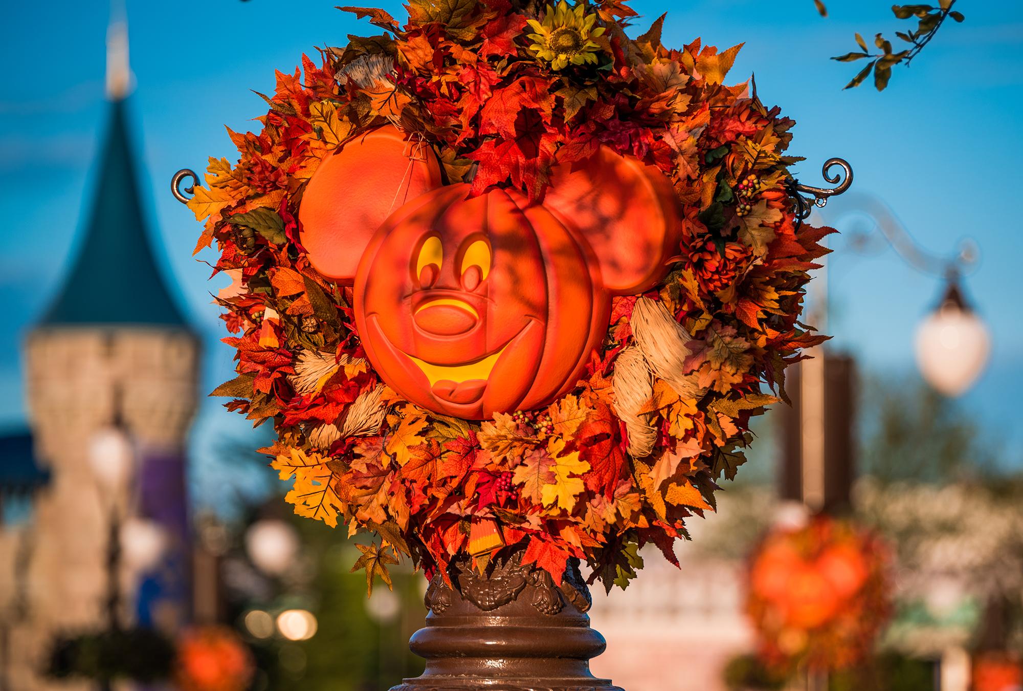 ResortLoop.com Episode 363 – Halloween Around The World