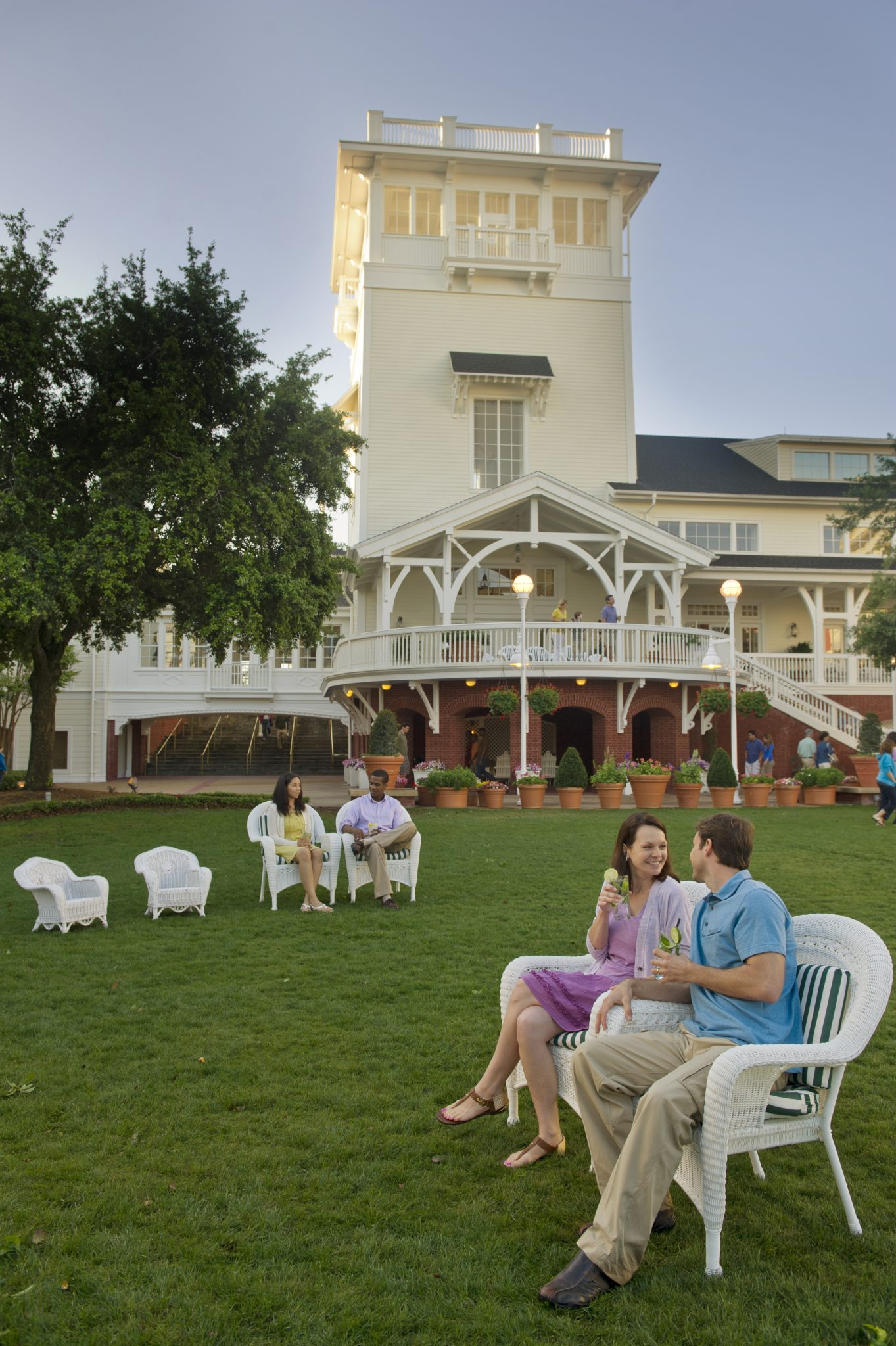 ResortLoop.com Episode 367 – Best WDW Resorts For Couples