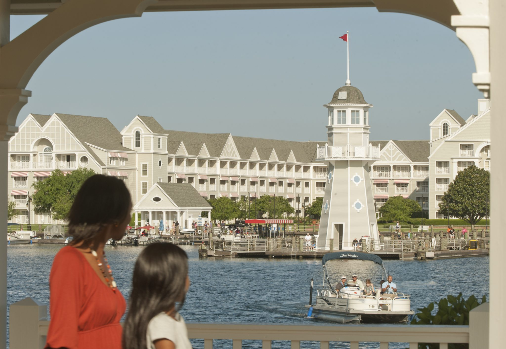 ResortLoop.com Episode 9 – EPCOT Deluxe Resorts