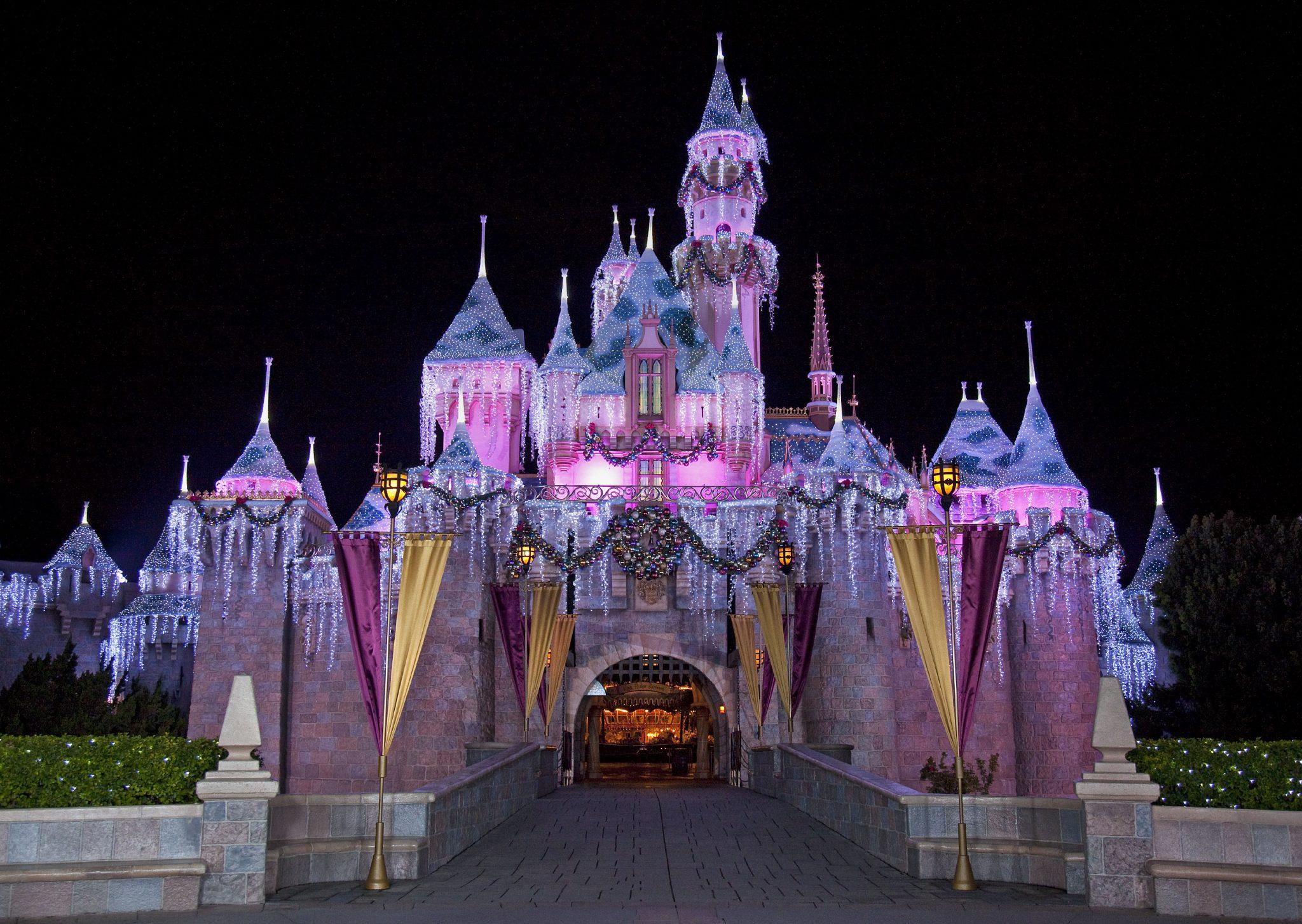 ResortLoop.com Episode 490 – Deedee At DisneyLand!