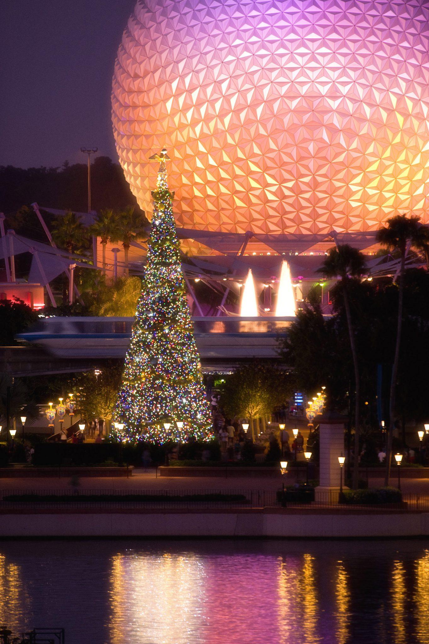 ResortLoop.com Episode 493 – Christmas At EPCOT