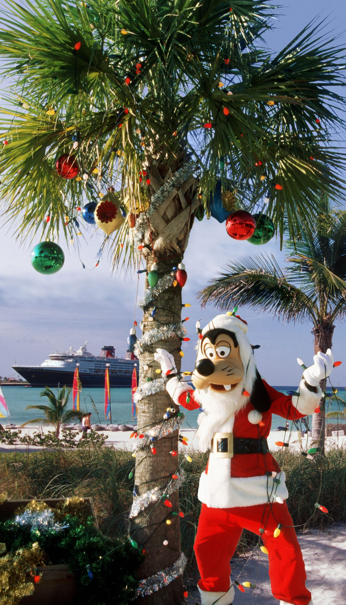 ResortLoop.com Episode 496 – Christmas On A Disney Cruise