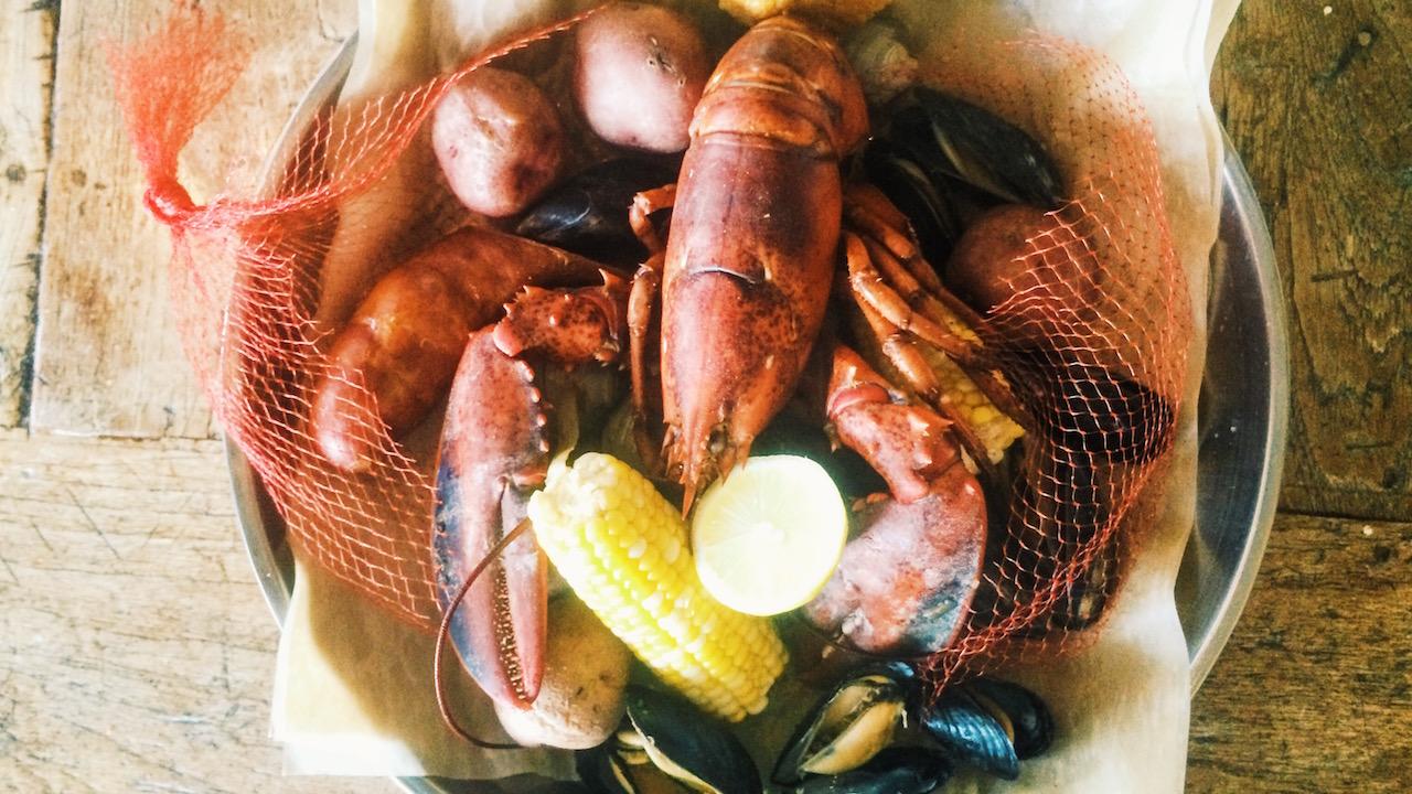 ResortLoop.com Episode 560 – Our Summer Disney Dining Series: Paddlefish