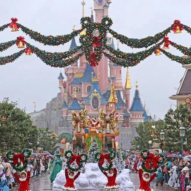 ResortLoop.com Episode 612 – Merry Christmas Eve!!!!