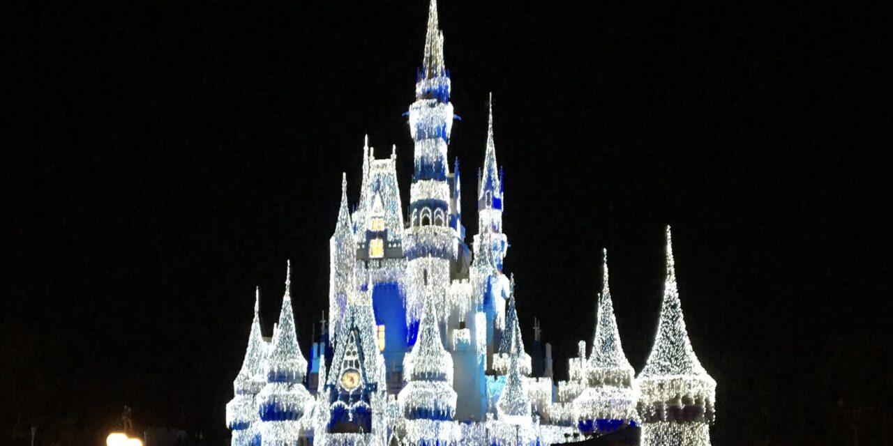 Favorite Disney Parks Christmas Memories! [Ep.773]